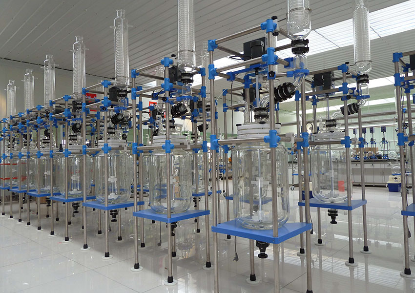 Essential-Things-to-Know-when-buying-chemical-glass-reactors